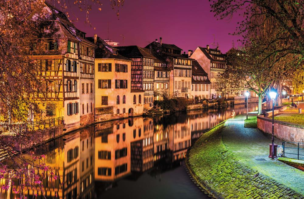 Strasbourg une ville qui a la franchise dans son adn for Franchise cash piscine