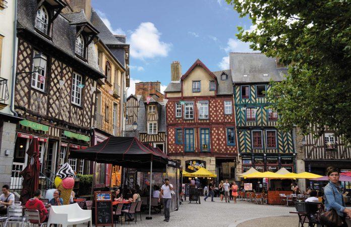 A l'image de la place Sainte-Anne, l'environnement est accueillant pour les commerces.